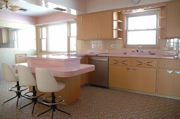1950's pink kitchen