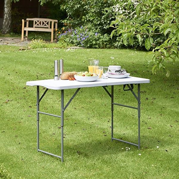Adjustable height foldable picnic table
