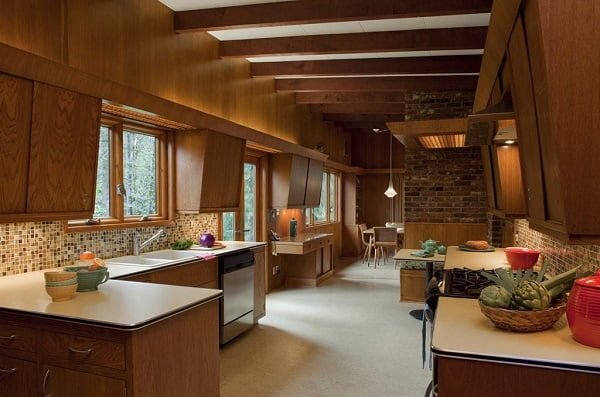 cabin style retro kitchen