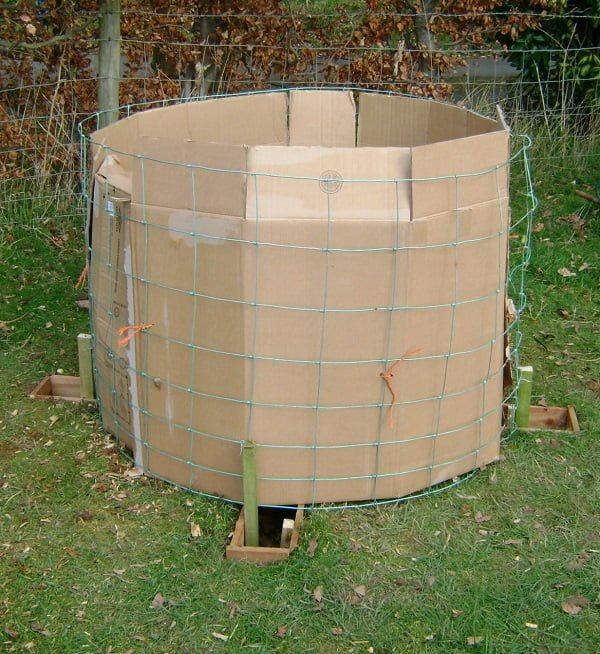 How to make a #DIY cylinder compost bin #gardening