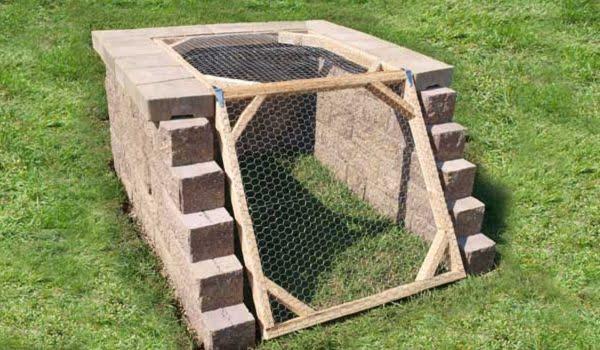 How to build a  concrete block compost bin