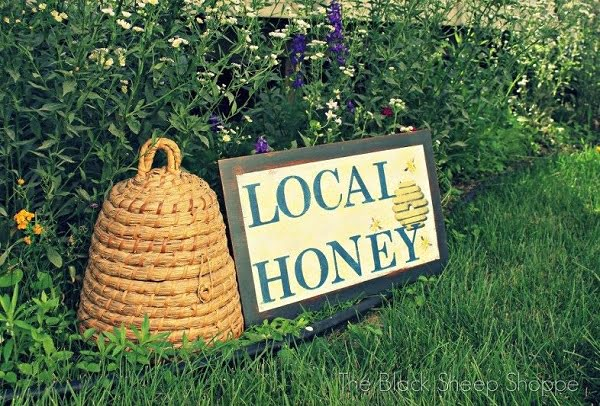20 Creative Garden Sign Ideas To Personalize Your Yard