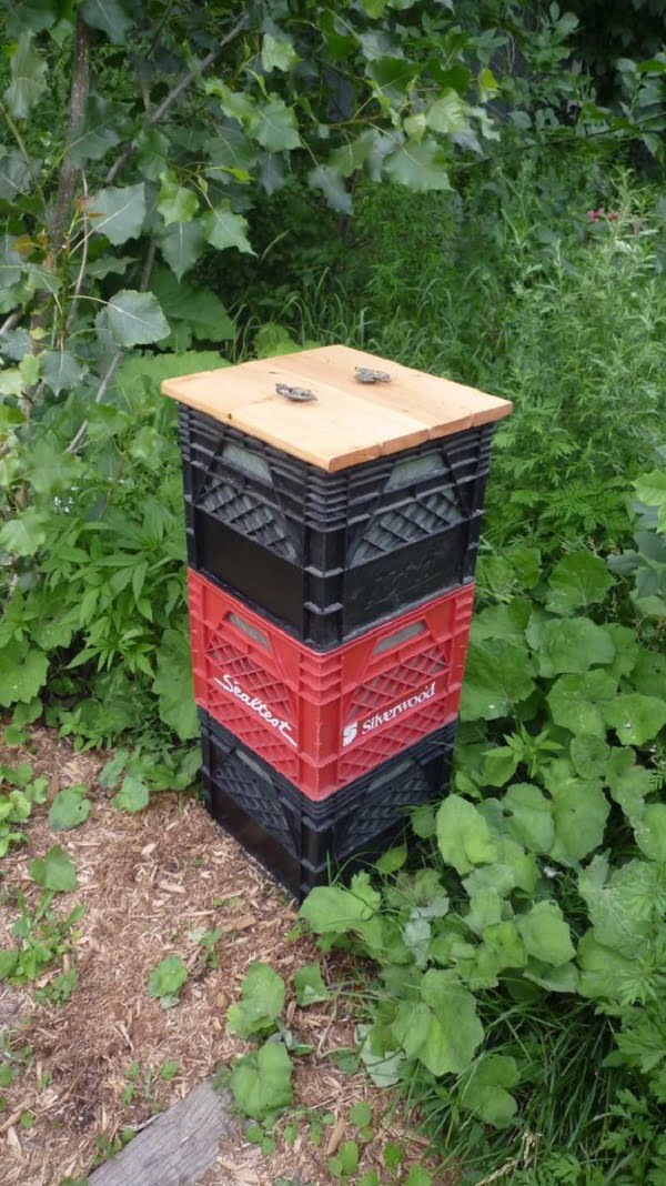 How to make a  milk crate compost bin