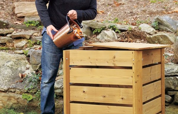How to build a #DIY rustic compost bin #gardening