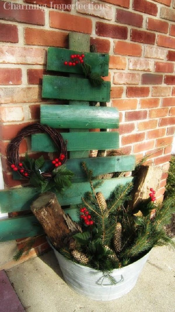 How to make a #DIY #rustic pallet #Christmas tree #homedecor