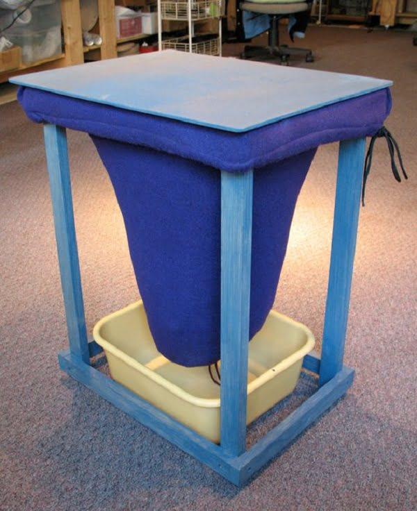 How to make a  vermicomposting bin