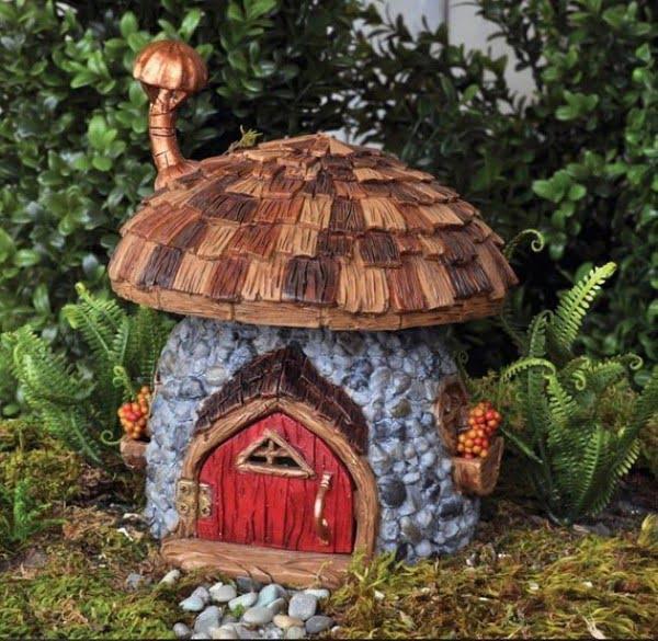 Mushroom Fairy House #gardenart