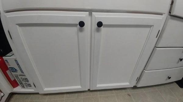 Flat panel MDF cabinet doors