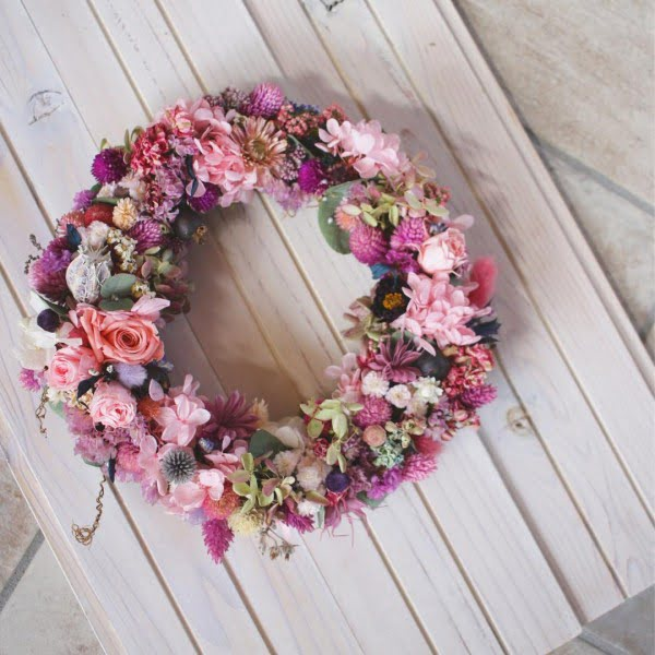 Shabby Chic Pink Floral Wreath Idea