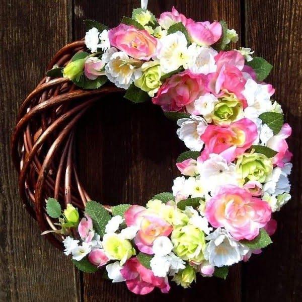 Artsy Floral Wreath #wreaths
