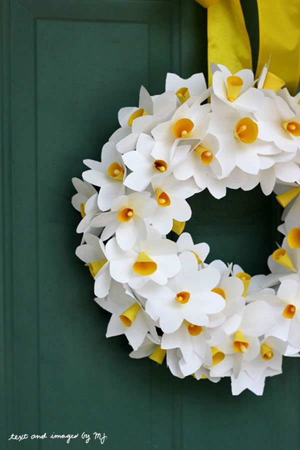 Paper Daffodil Floral Wreath