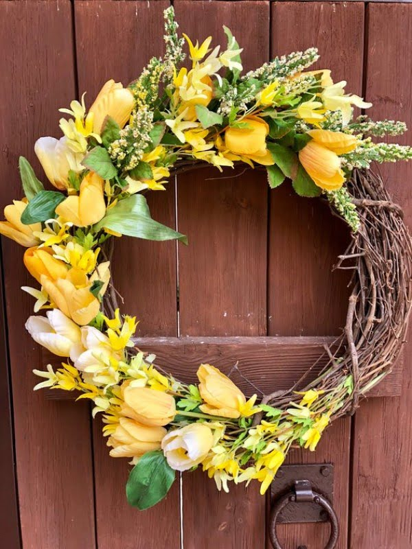 Yellow Floral Wreath Idea