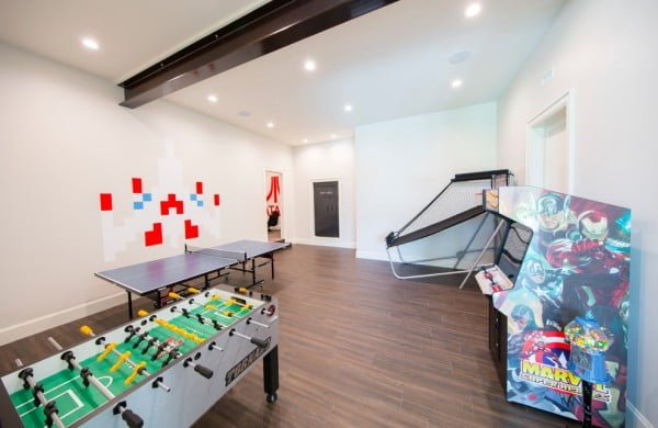 Minimalist Modern Game Room Idea #homedecor