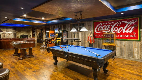 Rustic Game Room Idea #homedecor