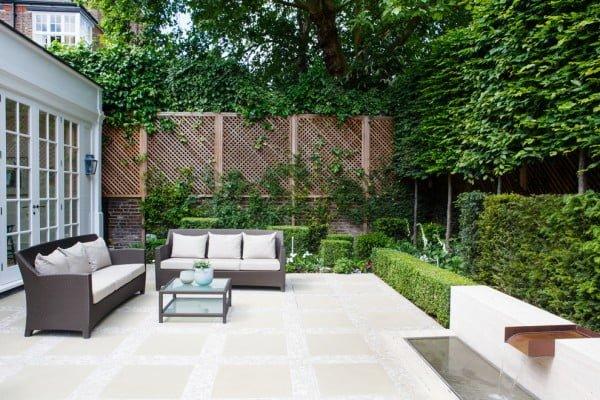 Brick Wall Wooden Mesh Garden Fence