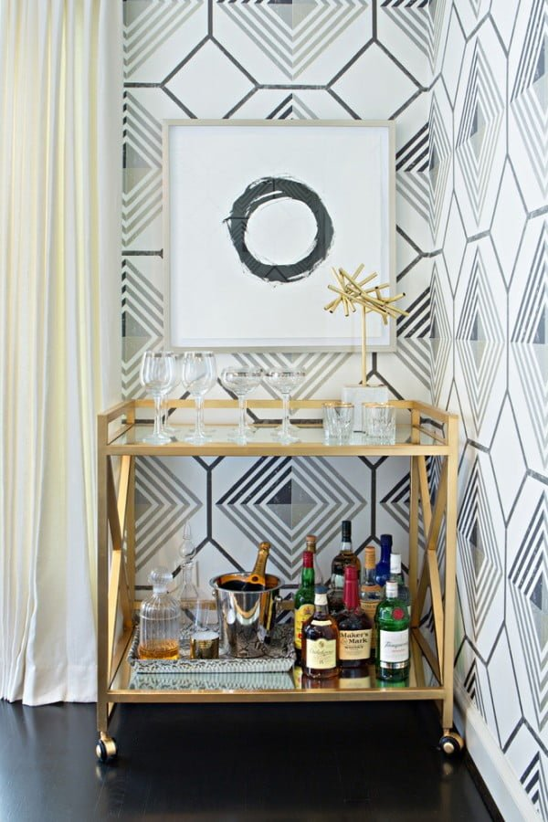 Modern Chic Home Bar Cart Idea #homedecor