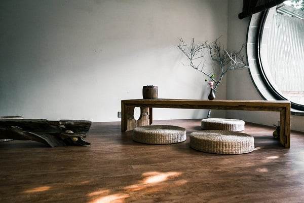 Japanese-Style Furniture Offers Elegant Simplicity