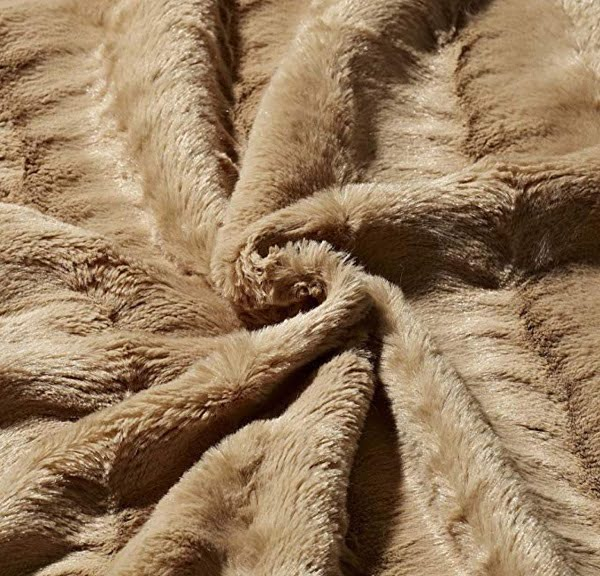 King size faux fur blanket