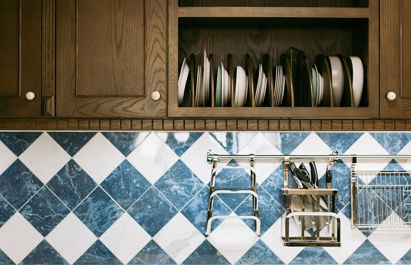 Kitchen floor tile matching backsplash idea