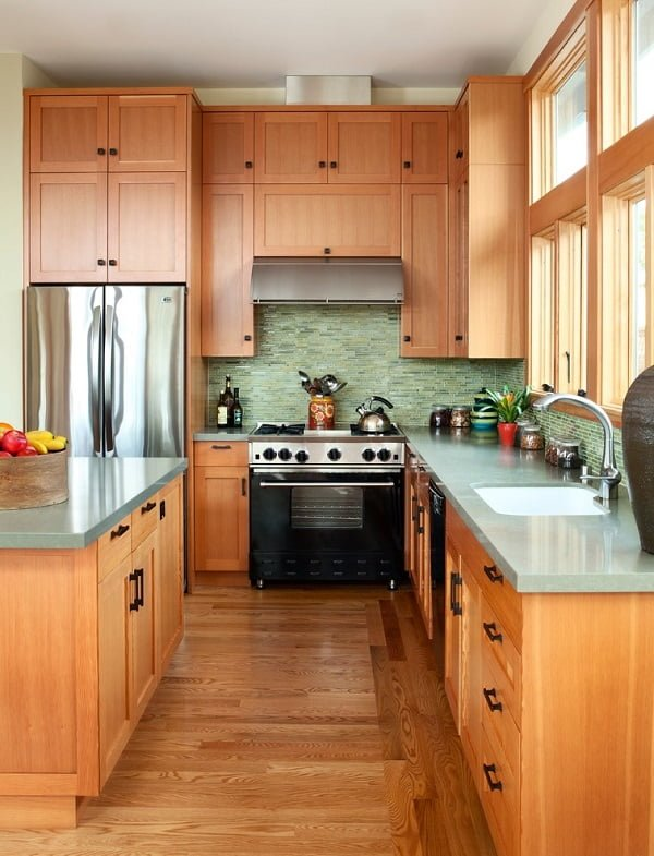 Medium tone wood shaker cabinets #homedecor