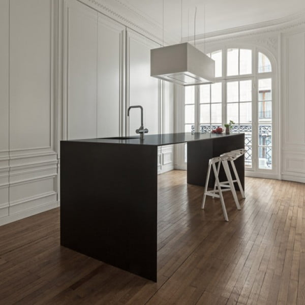 Classic Minimalist Apartment Design