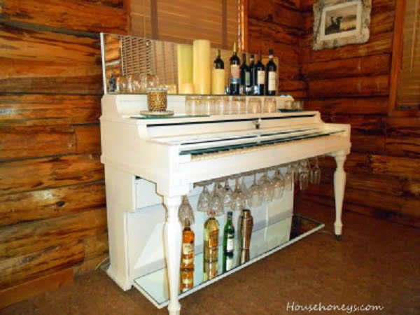 Vintage Piano Home Bar Idea