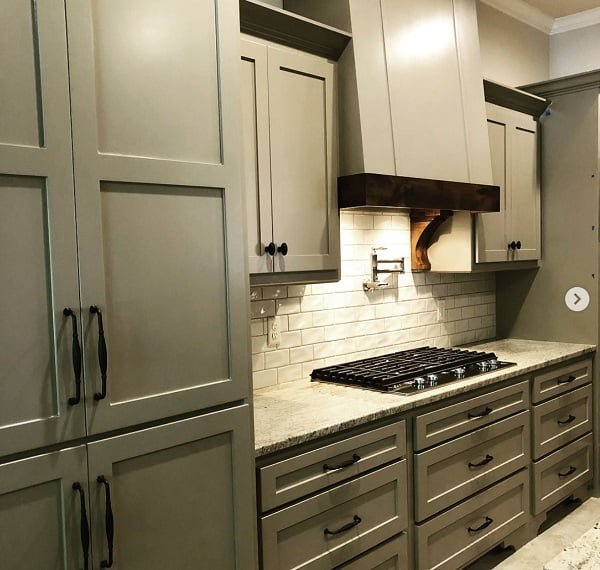 Painted shaker cabinets #homedecor