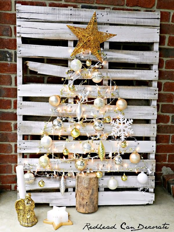 Pallet backdrop #Christmas tree #homedecor