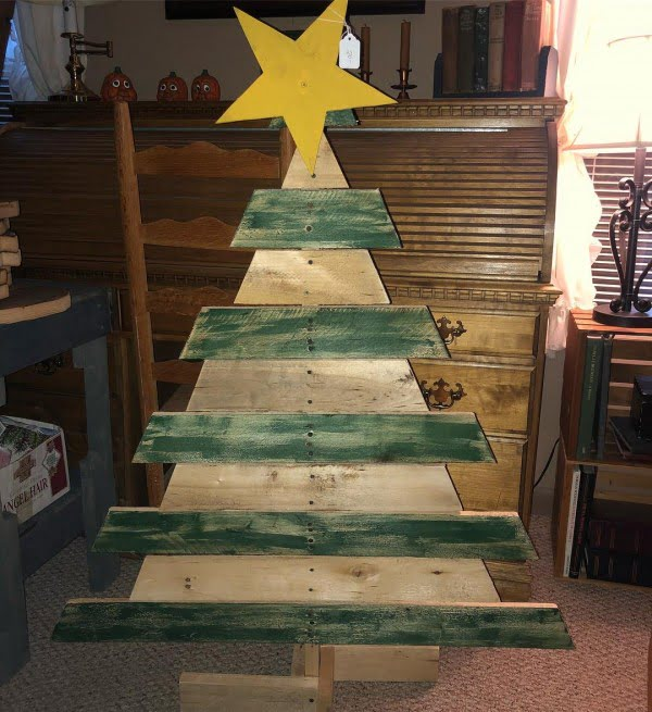 Colored reclaimed wood pallet Christmas tree