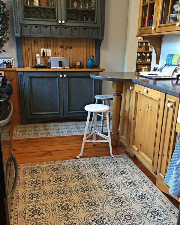 Craftsman Retro Kitchen #kitchendesign