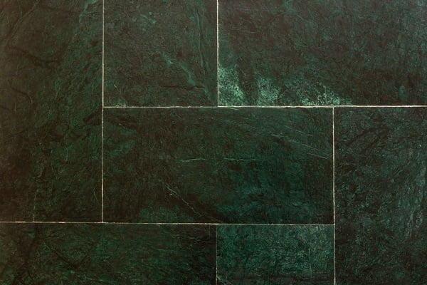 Texture kitchen floor tile idea