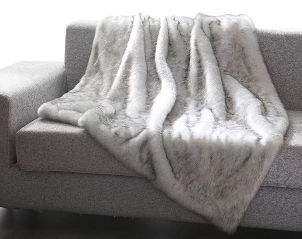 Tip dye faux fur throw blanket