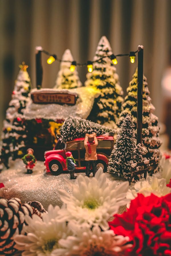 Mini Vintage Christmas Village Decoration
