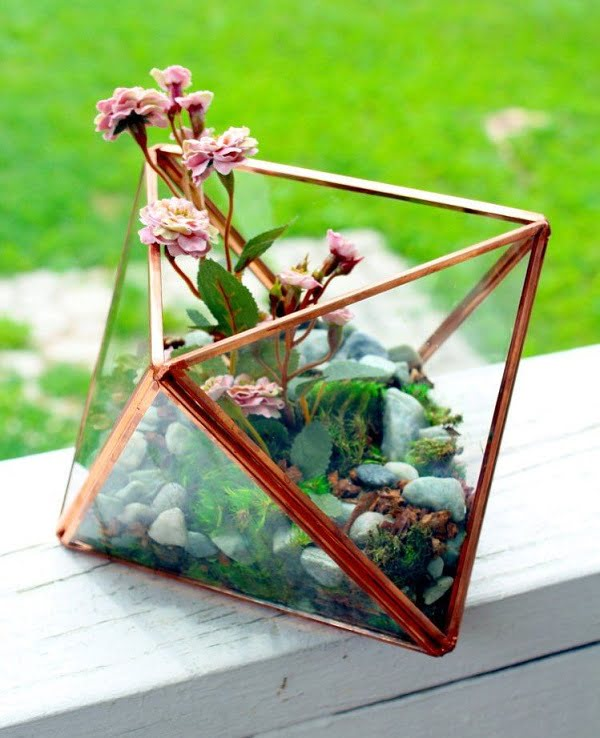 #DIY Geometric Succulent Terrarium #homedecor