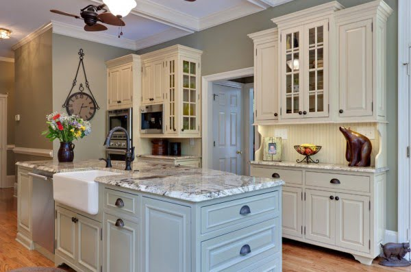 White and Grey Kitchen Cabinets #kitchendesign