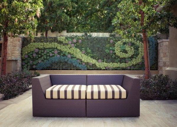 Succulent Garden Fence #gardendesign