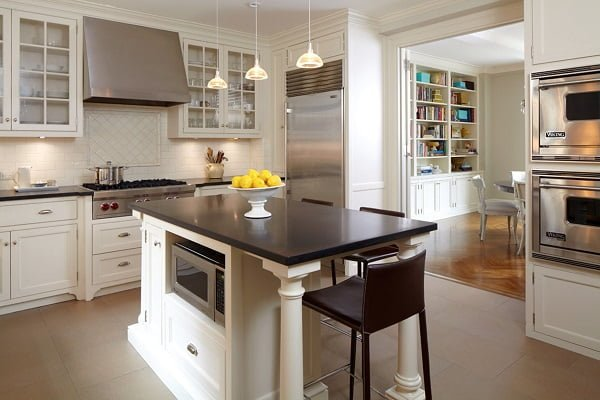 White Kitchen Cabinets with Black Countertops #kitchendesign