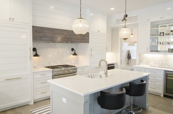 White Shaker Kitchen Cabinets #kitchendesign