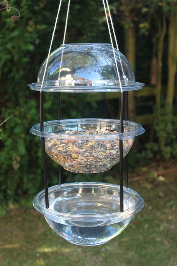 Make a Hanging Combi Drinker/Feeder For Your Garden Birds