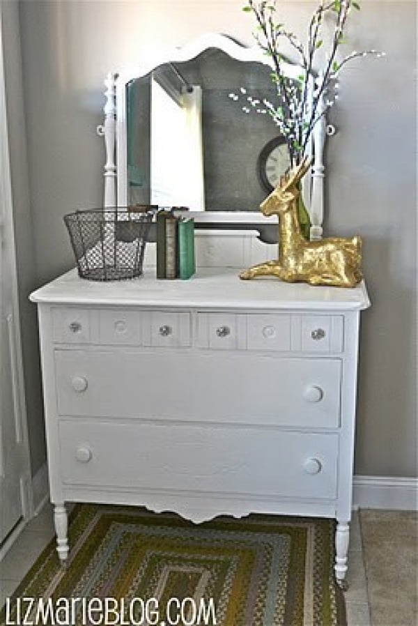 Homemade Chalk Paint #DIY #homedecor #chalkpaint #makeover