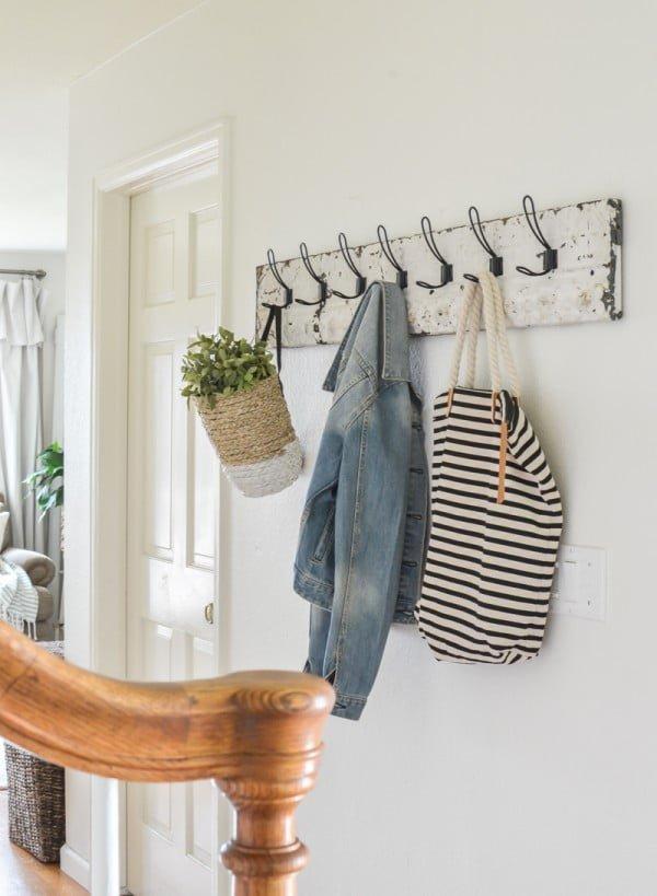 DIY Coat Rack With Vintage Tin #DIY #homedecor #organization