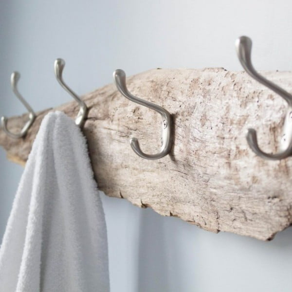 DIY Towel Rack Idea #DIY #homedecor #organization