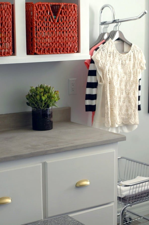 DIY Concrete Countertops #DIY #kitchendesign #homedecor
