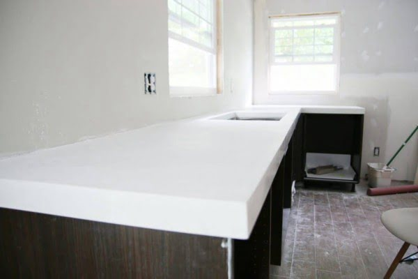 DIY White Concrete Countertops #DIY #kitchendesign #homedecor
