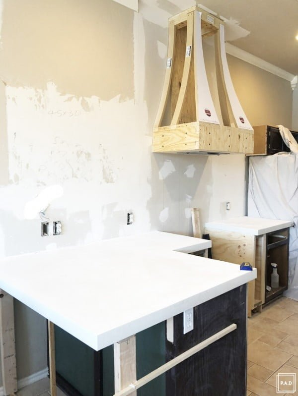 DIY White Concrete Countertops • Project Allen Designs #DIY #kitchendesign #homedecor