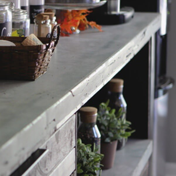 DIY Concrete Countertop #DIY #kitchendesign #homedecor
