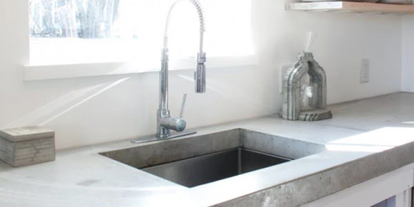 How to Build a Classy Concrete Countertop #DIY #kitchendesign #homedecor