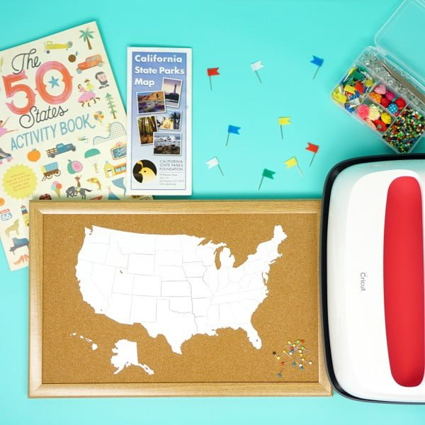 DIY Cork Board Travel Map with the Cricut EasyPress 2 #DIY #homedecor #homeoffice