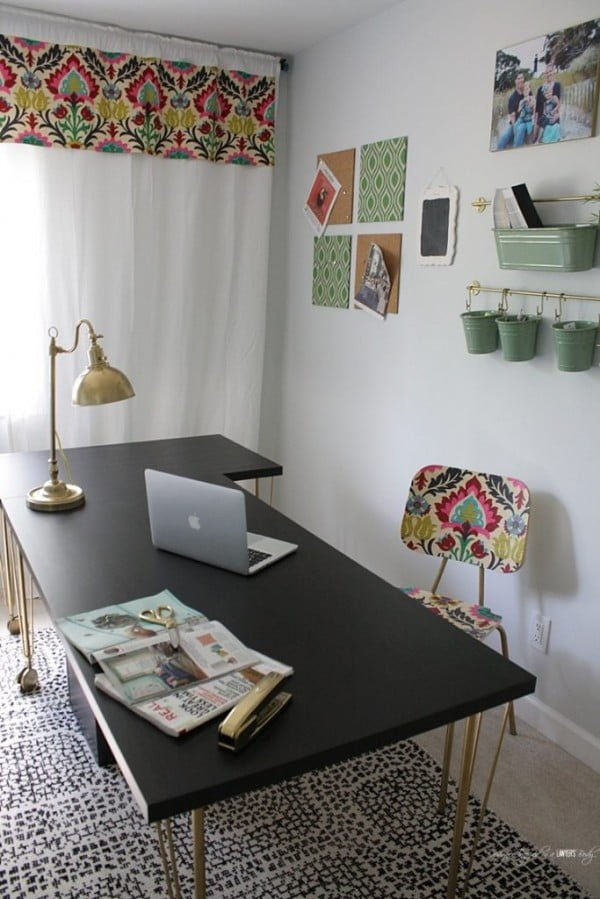 DIY Fabric Covered Cork Board Tiles #DIY #homedecor #homeoffice