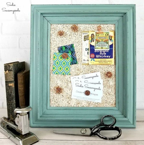 DIY Cork Board from a Repurposed Thrift Store Picture Frame #DIY #homedecor #homeoffice